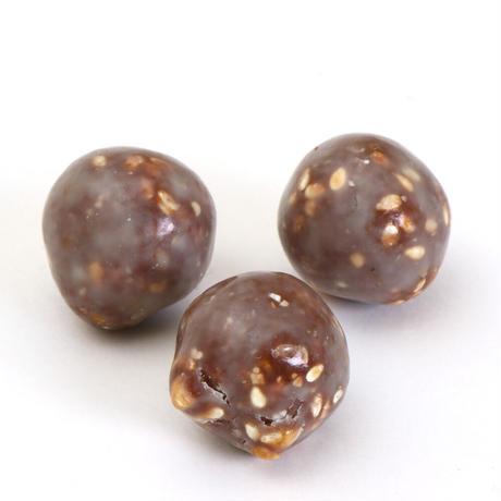 〈チョコレートアソート4個入り〉 キャラメル【クランチ】・クランチ4種【クランチ】・アーモンドミルク【パール】・セサミ【パール】