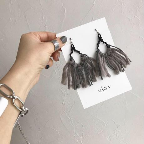 kusumi wool pierced earrings