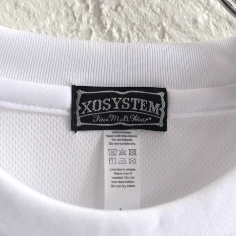 XOSYSTEM|XO ARCH LOGO DRY L/S TEE |WHITE