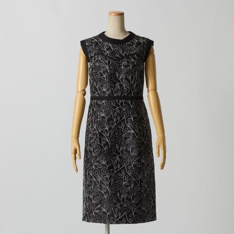 エンブロイダリーシルクドレス(ブラック)