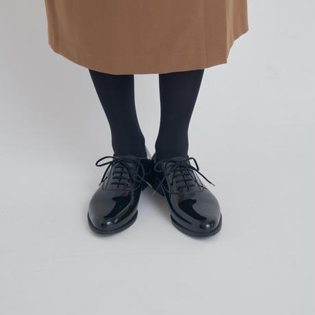 OSTERA (BLACK)