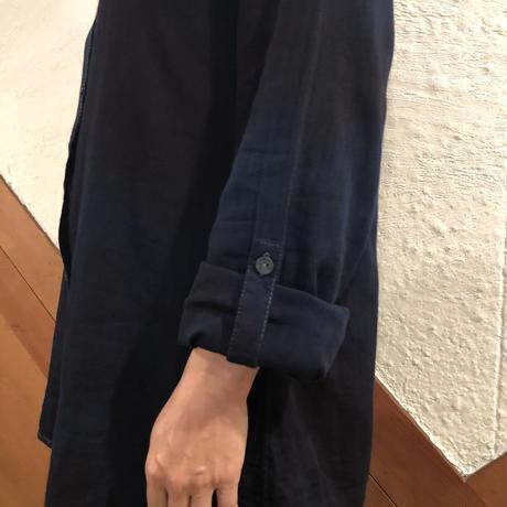 オールシーズンに活躍! 『一点物』女性用藍染めシャツ ガーゼ素材 濃淡染め技法『一点物』