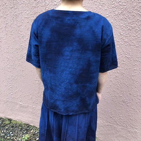 日頃の感謝を込めて大特価!!『一点物』&コロナに負けるな!!藍染めカットソー 着丈53cm 濃淡染め技法 『一点物』