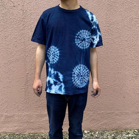日頃の感謝を込めて大特価!!『一点物』藍染めTシャツ唐松絞りに雲 Mサイズ  男女兼用『一点物』