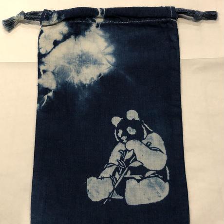 藍染め巾着「パンダ」型染め デザイン