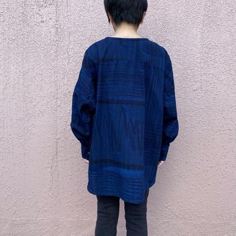 日頃の感謝を込めて大特価!!『一点物』藍染めワイドブラウス濃淡渋藍染め 着丈68cm『一点物』