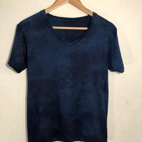 日頃の感謝を込めて大特価!!『一点物』&コロナに負けるな!!藍染めVネックTシャツ Sサイズ  濃淡染め 男女兼用『一点物』