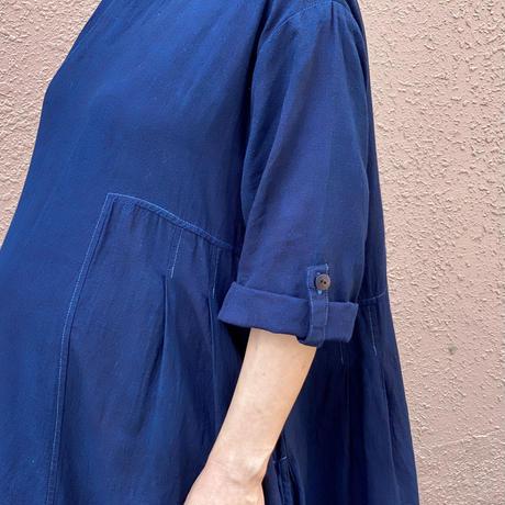 日頃の感謝を込めて大特価!!『一点物』藍染めワンピース胴斜め杢目絞り濃淡模様 着丈97cm『一点物』