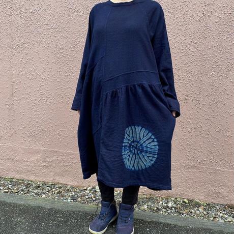 日頃の感謝を込めて大特価!!『一点物』藍染めワンピース両面唐松絞り 着丈90cm 勝ち色『一点物』