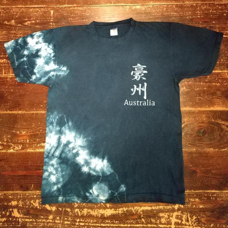 The Aizome T-shirt  with Australia  pattern using  traditional dyeing/ 型染め「豪州」藍染めTシャツ