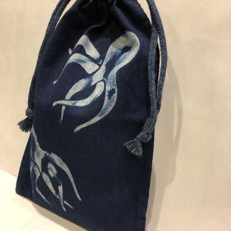 藍染め巾着「蛸」型染め デザイン