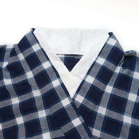 半衿「フラワー刺繍」