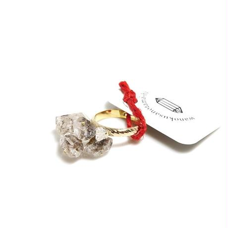 ダブルポイントとハーキマー水晶のリング