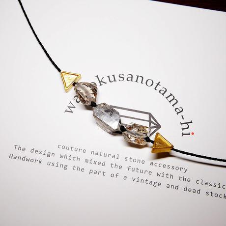 【再販】パキスタン産ヒマラヤ水晶クリスタル ネックレス C (三角モチーフ)