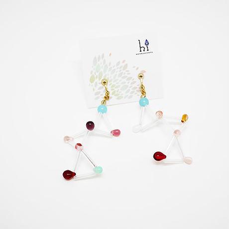 シーブルーカルセドニーとガラスビーズのイヤリング