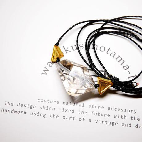 パキスタン産ヒマラヤ水晶クリスタル ネックレスG (三角モチーフ)
