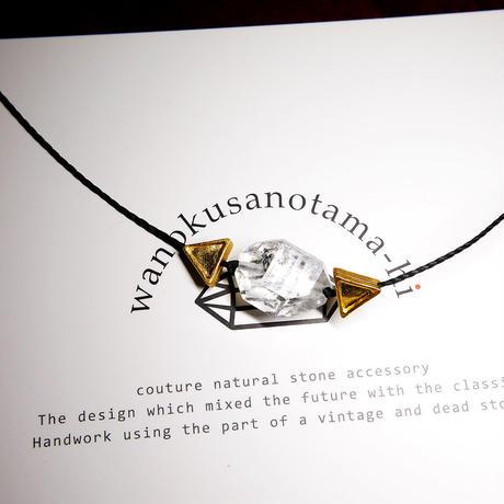 パキスタン産ヒマラヤ水晶クリスタル ネックレス A (三角モチーフ)