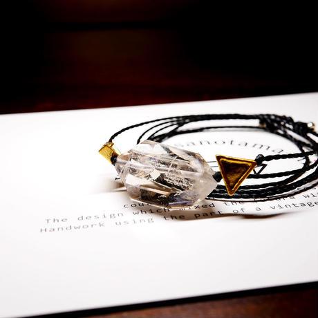 パキスタン産ヒマラヤ水晶クリスタル ネックレス E (三角モチーフ)