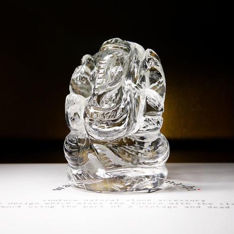 幸運の神ガネーシャ神像  GH8E インド、クル産ヒマラヤ水晶