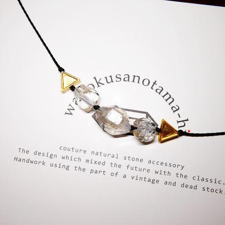 【再販】パキスタン産ヒマラヤ水晶クリスタル ネックレス D (三角モチーフ)