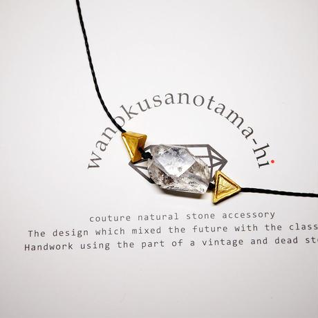【再販】パキスタン産ヒマラヤ水晶クリスタル ネックレス E (三角モチーフ)