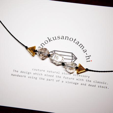 【再販】パキスタン産ヒマラヤ水晶クリスタル ネックレス A (三角モチーフ)