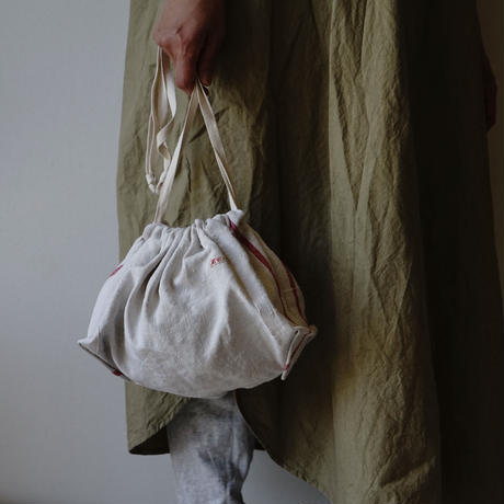 White Leather handle BAG+ antique cloth pouch
