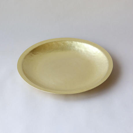 鎚目模様の真鍮リム皿 八寸