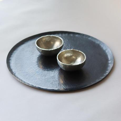 ころりとした錫の器  [ 錫杯 ]