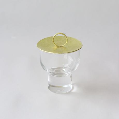 鎚目模様の真鍮蓋の小さなポット