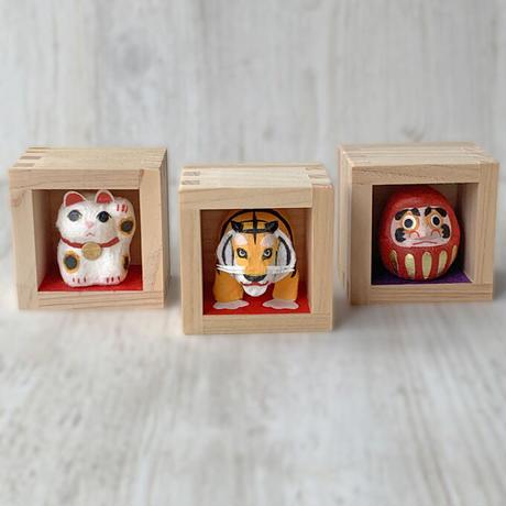 Lucky charm 2022 ・3 pieces set(taiger&cat&daruma) / Hand-made