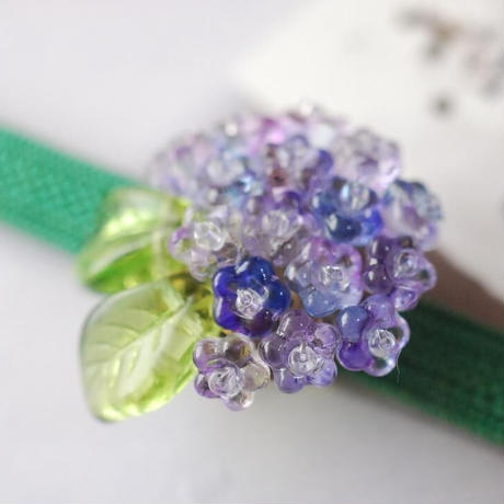 紫陽花の帯留(レインブルー)