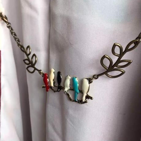 カラフルな鳥さんたちの羽織紐