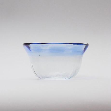 吹きガラス フリル小鉢(青ぼかし)