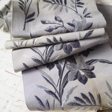 ruban brodé fleurs