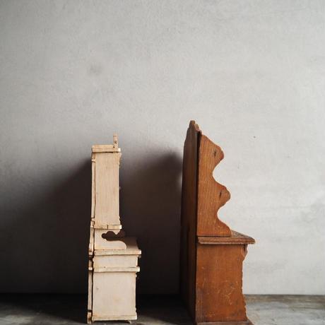 Petits meubles pour poupées B