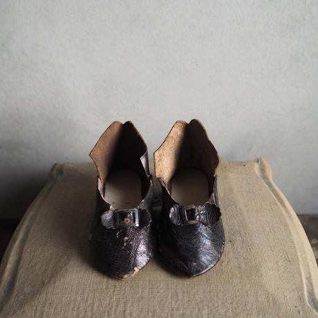 les chaussures   pour  bébé