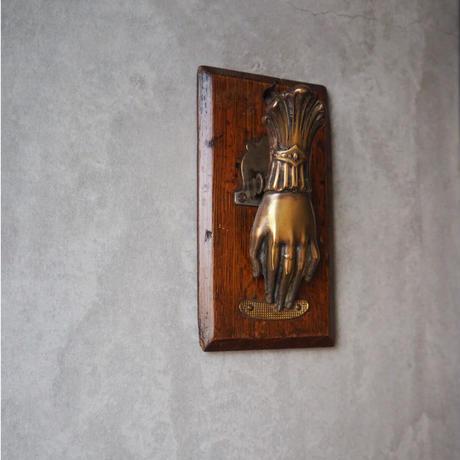 hand clip   C