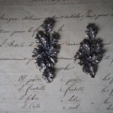 botanical モチーフ  metal