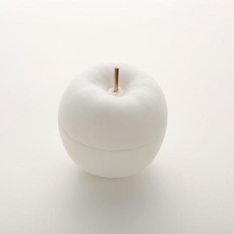 Plaster box / Apple
