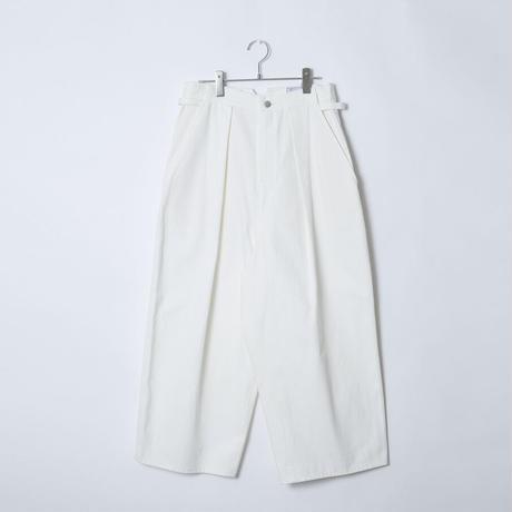 【 Aquvii Jeans 】aq502 / NEUBAU ( CONTROL WIDE PANTS ) / WHITE