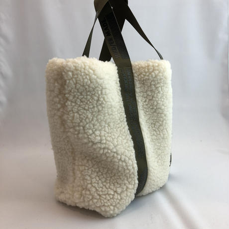 79421 / Retro Fleece Sherpa Lunch tote bag