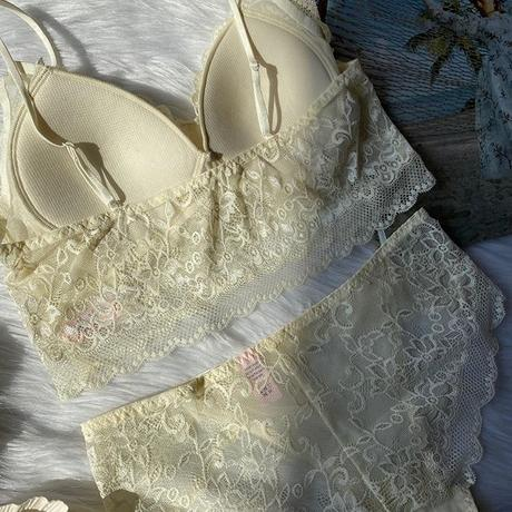 パッド付き lace bralette set up  ivory