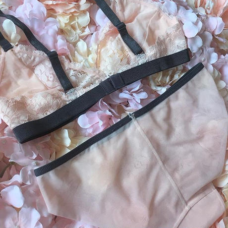 ribbon baby pink bralette set up