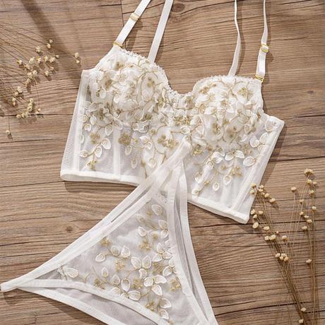 white corset set up