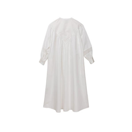ボリューム袖シャツワンピース(white)