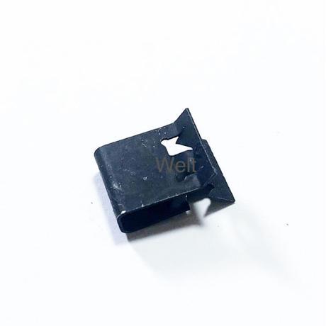 Audi 純正品 グリルエンブレム クリップ 8L0807180