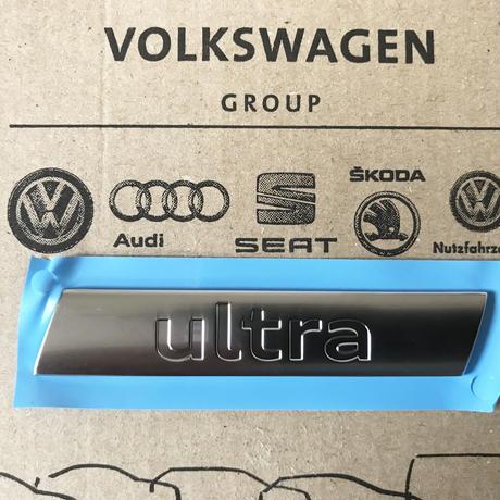 Audi A6 4G 純正 ultra リア エンブレム