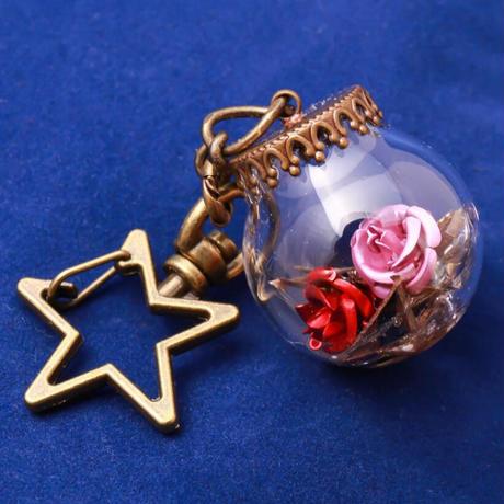 【Hiina Rose】/HINA割れシンバル使用! ガラスドーム・スターキーホルダー(薔薇のカラー:ピンク/レッド/ライラック)【一点もの】
