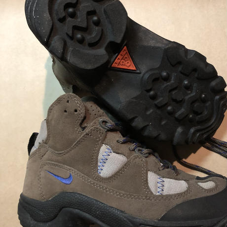 NIKE ACG 90's trail Boot